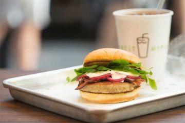 shake-shack-eel-burger-main