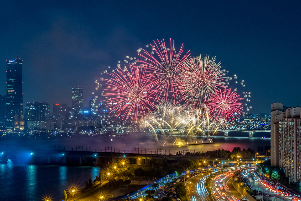2019-seoul-international-fireworks-festival-will-take-place-in-October-01