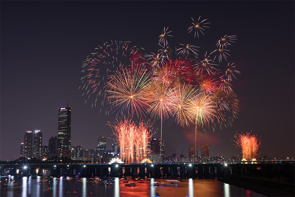 2019-seoul-international-fireworks-festival-will-take-place-in-October-main