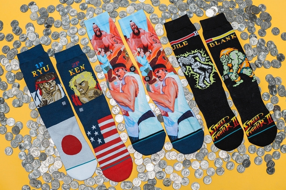 street-fighter-ii-stance-socks-main