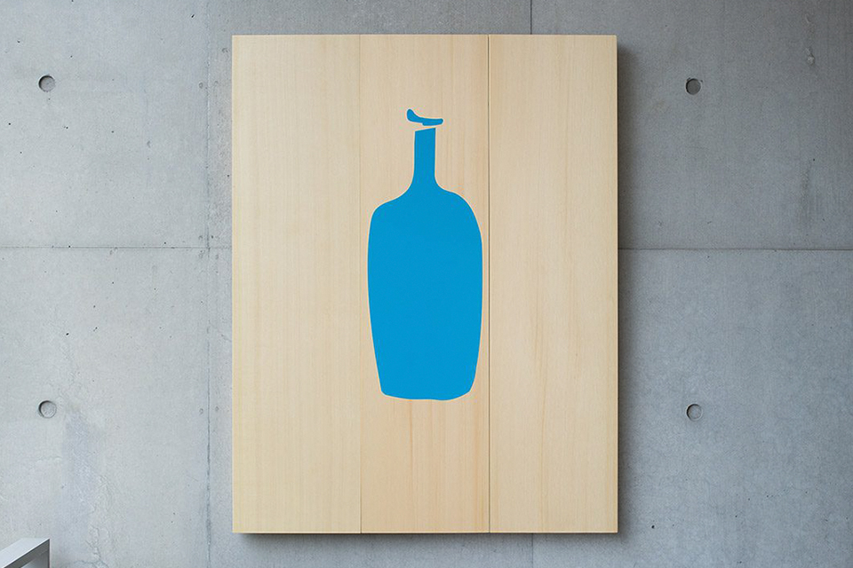 open-its-second-store-in-Samcheong-dong-after-Blue-Bottle-02