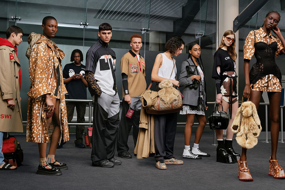 burberry-2025-year-plastic-use-stop-main