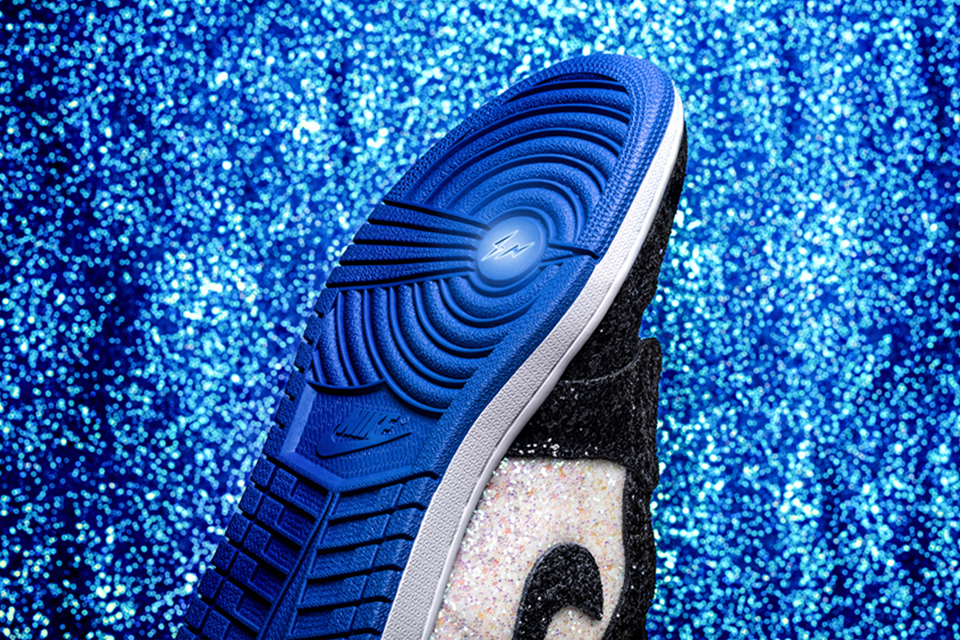 fragment-nike-air-jordan-1-shoe-surgeon-Glitter-customs-main