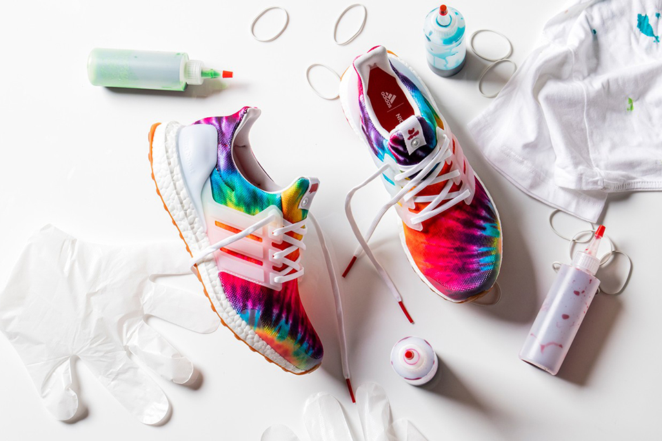 adidas-consortium-nice-kicks-ultraboost-woodstock-sneaker-main1