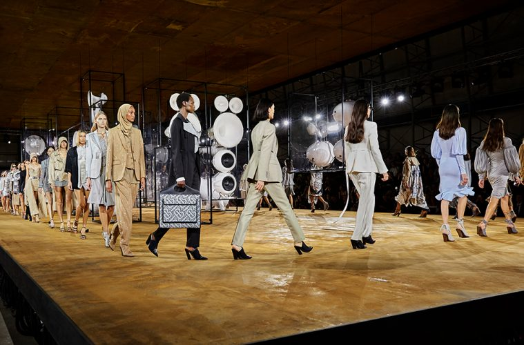 burberry-revealed-20-ss-collection-evolution-main