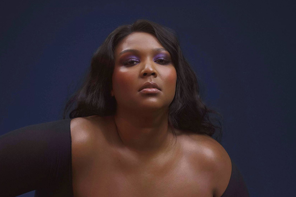 lizzo-sixth-week-atop-the-billboard-hot-100-truth-hurts-main